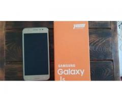 Продаю Samsung j5